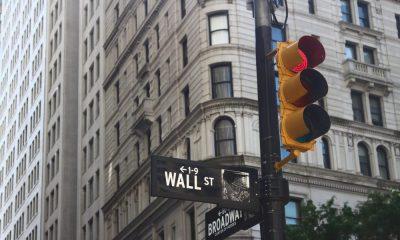 Bitcoin v. El dólar; Wall Street sabe lo que Main Street no sabe