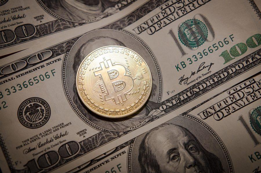 """El CEO de Goldman Sachs traza el """"camino inevitable"""" de Bitcoin contra el oro"""