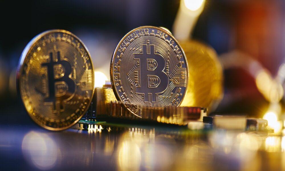 Los expertos opinan sobre si Bitcoin es un 'activo de riesgo' o un 'activo de seguro'